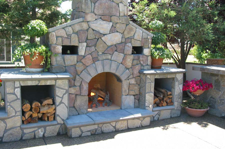outdoor-fireplaces-03