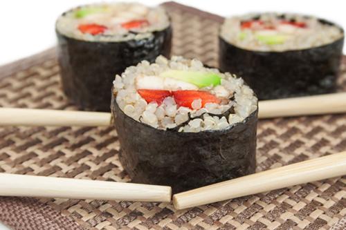 quinoa-sushi-rolls